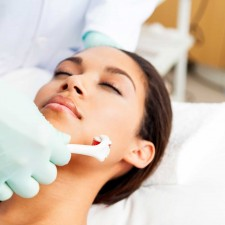 7 Benefits of Microneedling, From DermaRollerOnline.com